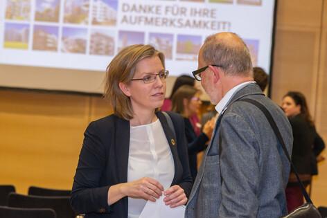 Ministerin Gewessler sagt ihre Teilnahme am vienna passathon 2020 zu; Foto Alfred Arzt